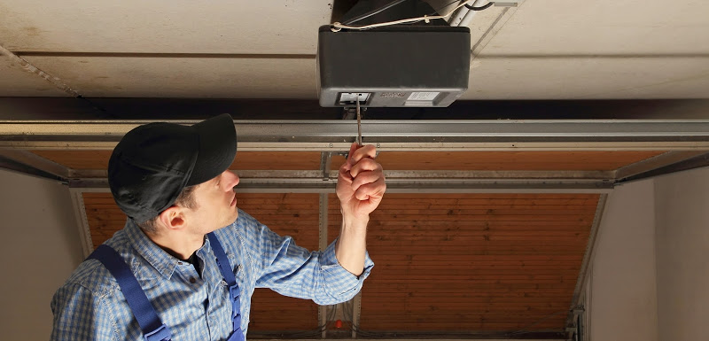 garage-door-opener-inspection